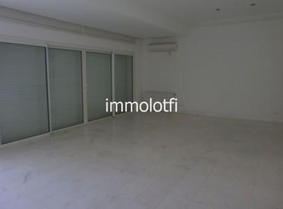 villa 008